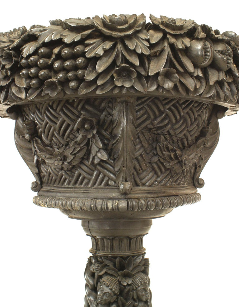 English Anglo-Indian Floral Carved Ebony Fernery In Good Condition For Sale In New York, NY