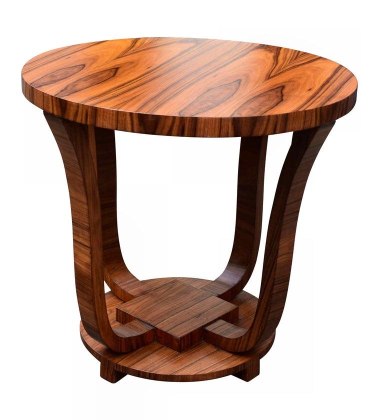 English Art Deco Centre Table in Figured Walnut, circa 1930 For Sale 1