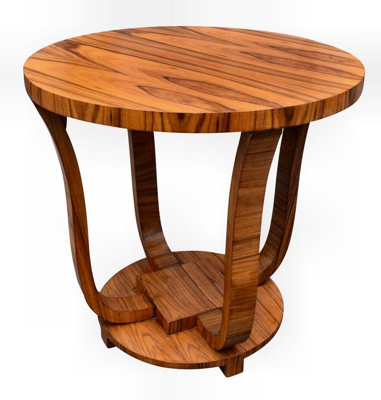 English Art Deco Centre Table in Figured Walnut, circa 1930 For Sale 3
