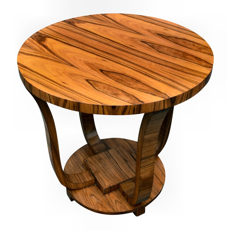 English Art Deco Centre Table in Figured Walnut, circa 1930 For Sale 4