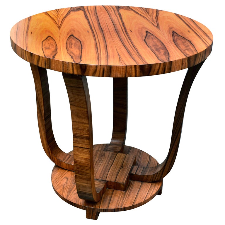 English Art Deco Centre Table in Figured Walnut, circa 1930 For Sale