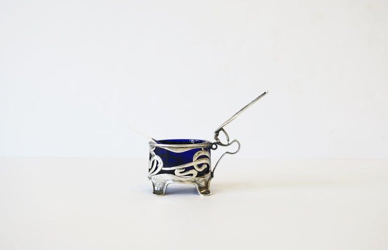 English Art Nouveau Sterling Silver Salt Cellar For Sale 1
