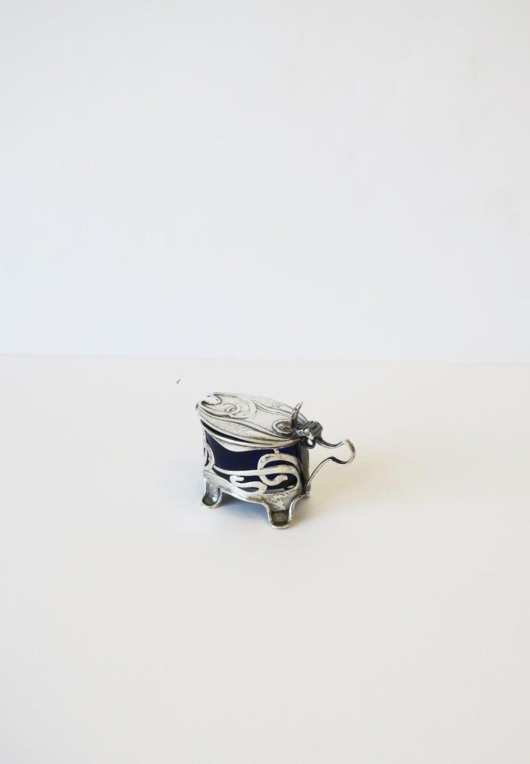 English Art Nouveau Sterling Silver Salt Cellar For Sale 2