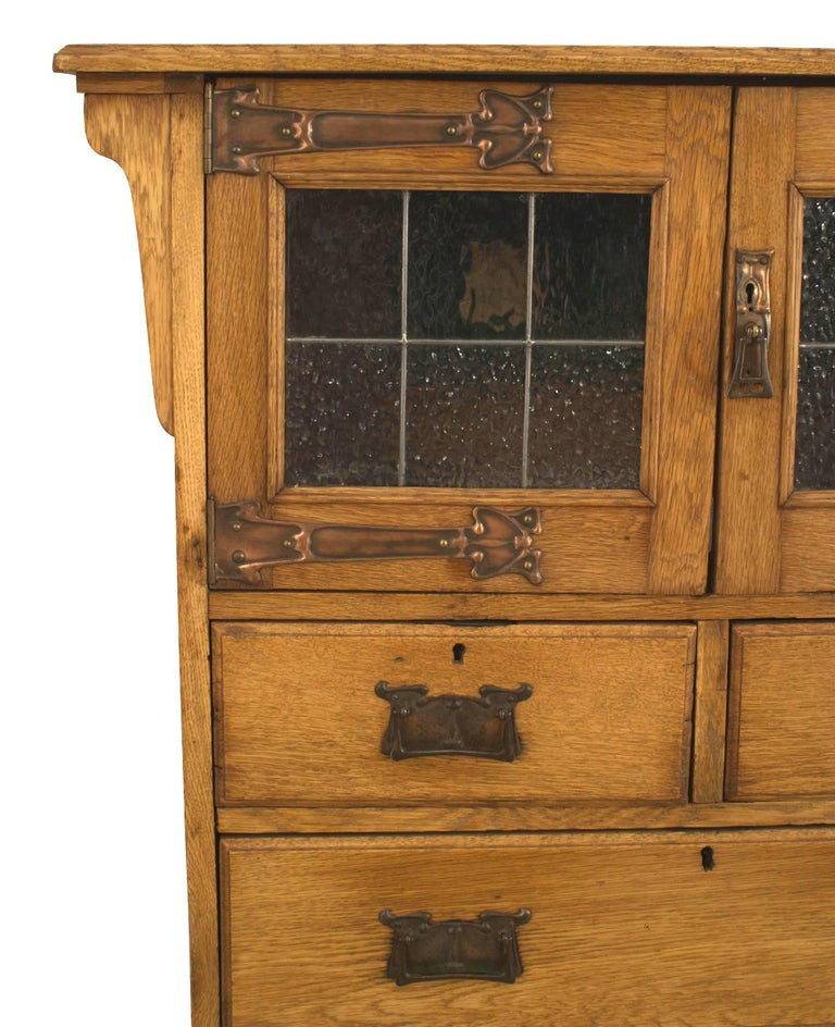 British English Arts and Crafts Oak Cupboard For Sale