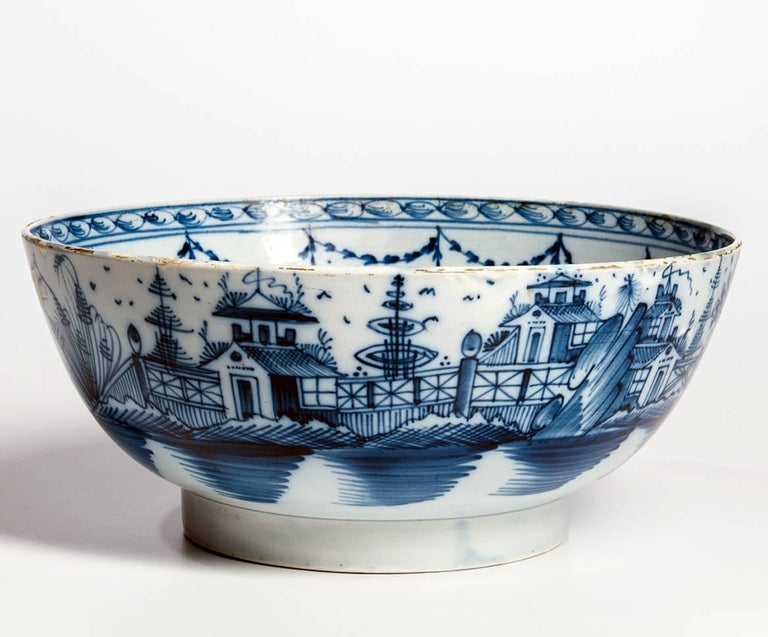 English blue and white pearlware pottery chinoiserie bowl, 