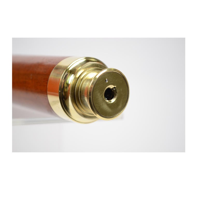 English Brass Telescope with Mahogany Handle For Sale 5