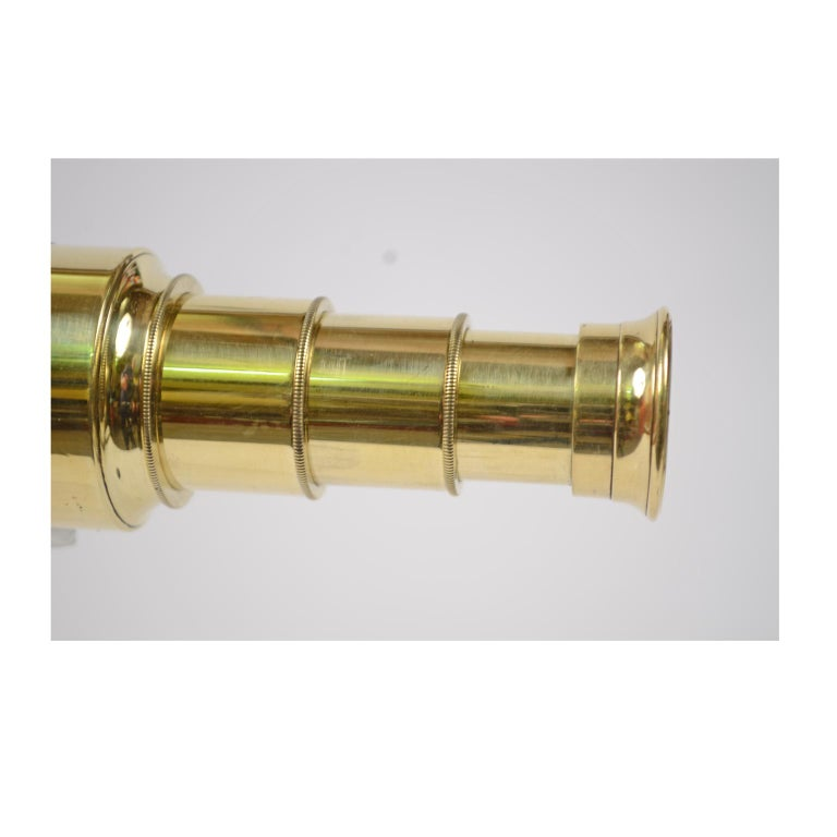 English Brass Telescope with Mahogany Handle For Sale 7