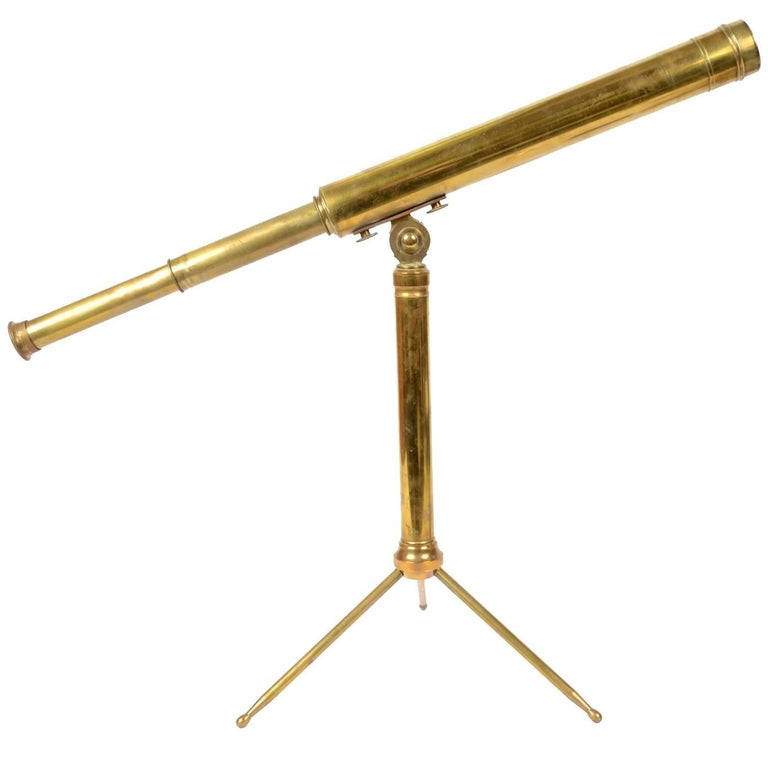 English Brass Telescope with Original Wooden Box Second Half of the 19th Century For Sale