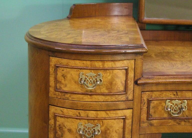 English Burr Walnut Kidney Shaped Dressing Table For Sale 3