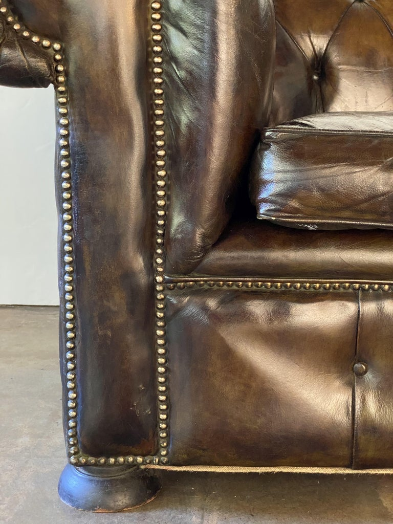 English Chesterfield Sofa of Tufted Leather For Sale 8