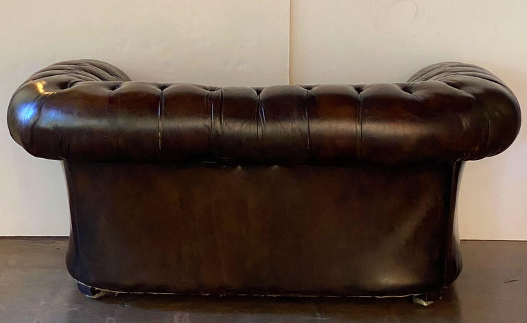English Chesterfield Sofa of Tufted Leather For Sale 14