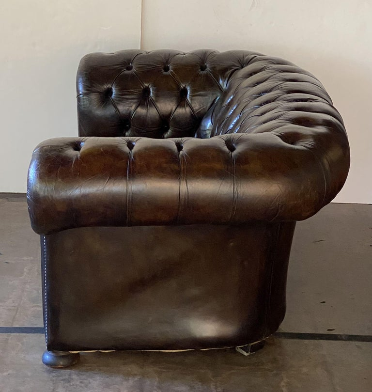 English Chesterfield Sofa of Tufted Leather For Sale 15