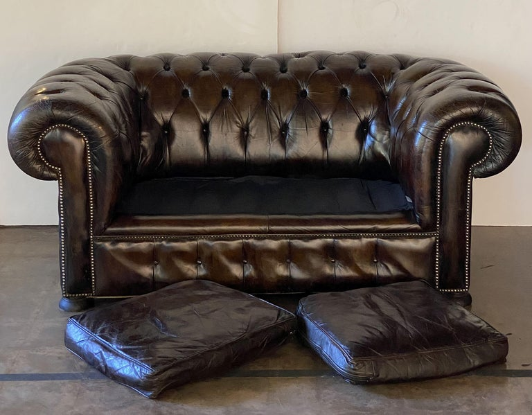 Metal English Chesterfield Sofa of Tufted Leather For Sale