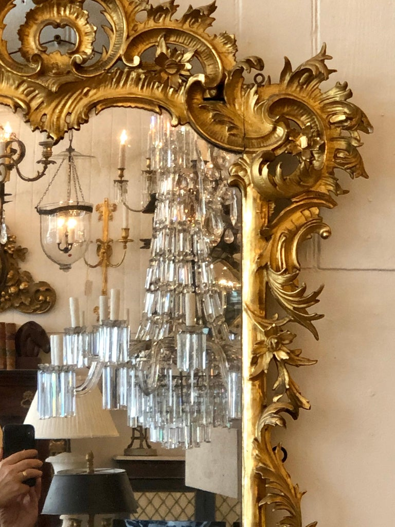 English Chippendale Carved Giltwood Mirror, 18th Century For Sale 4