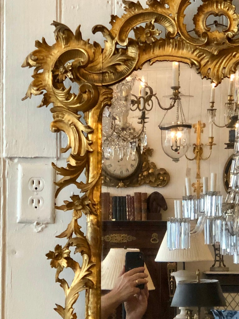English Chippendale Carved Giltwood Mirror, 18th Century For Sale 5
