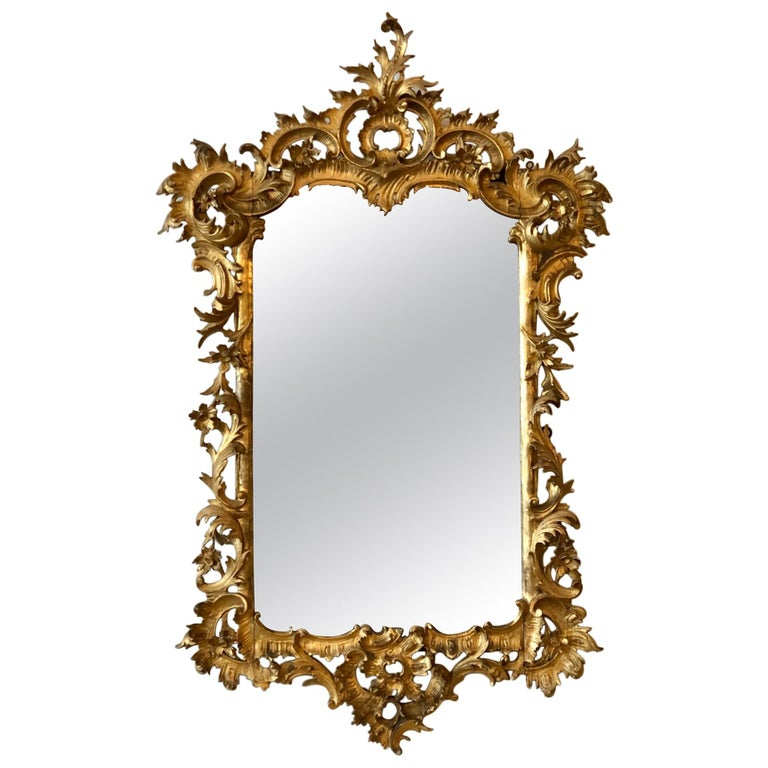 English Chippendale Carved Giltwood Mirror, 18th Century For Sale