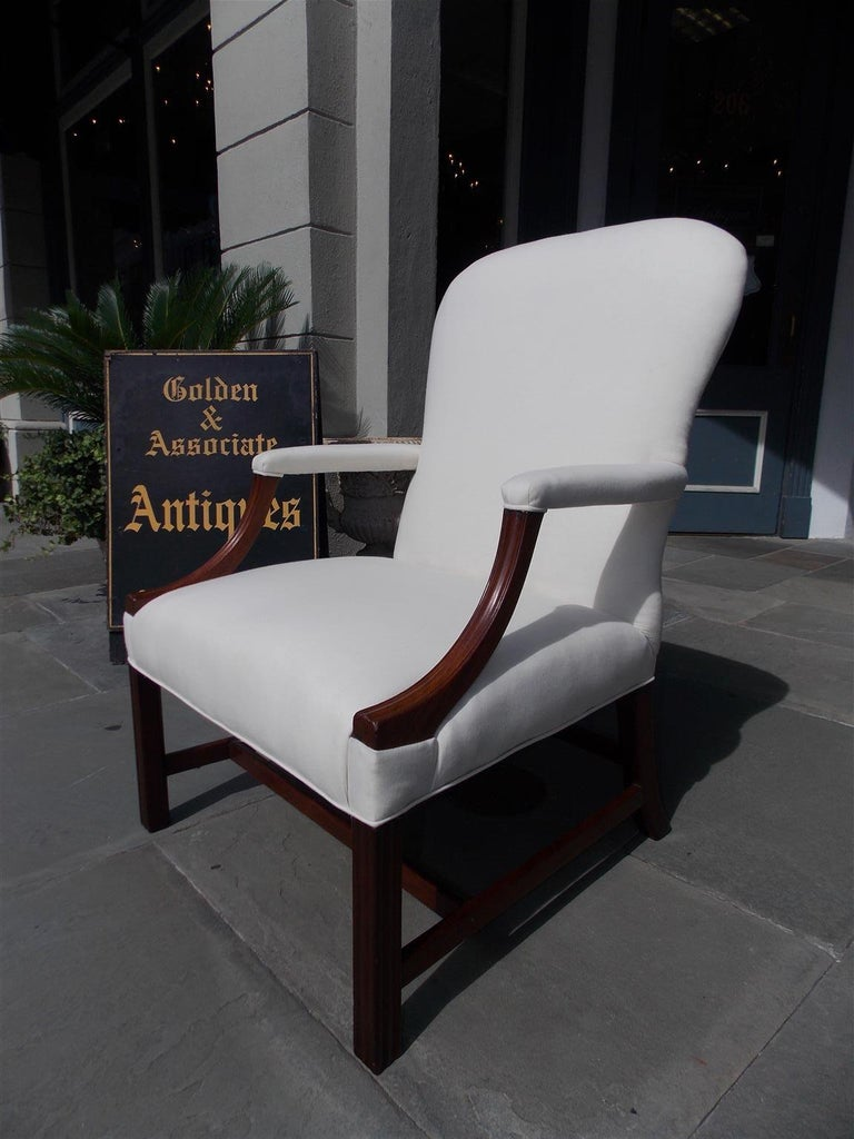 English Chippendale Mahogany Spoon Back Upholstered Library Armchair, Circa 1770 For Sale 1