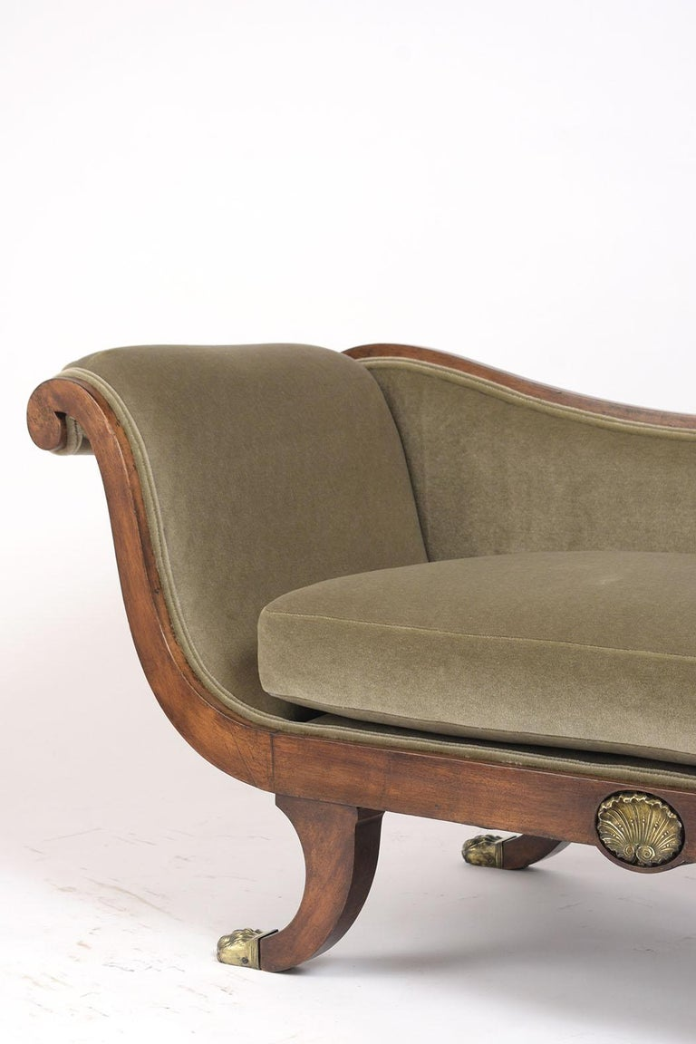 Mid-19th Century English 19th Century Empire Style Chaise Lounge For Sale