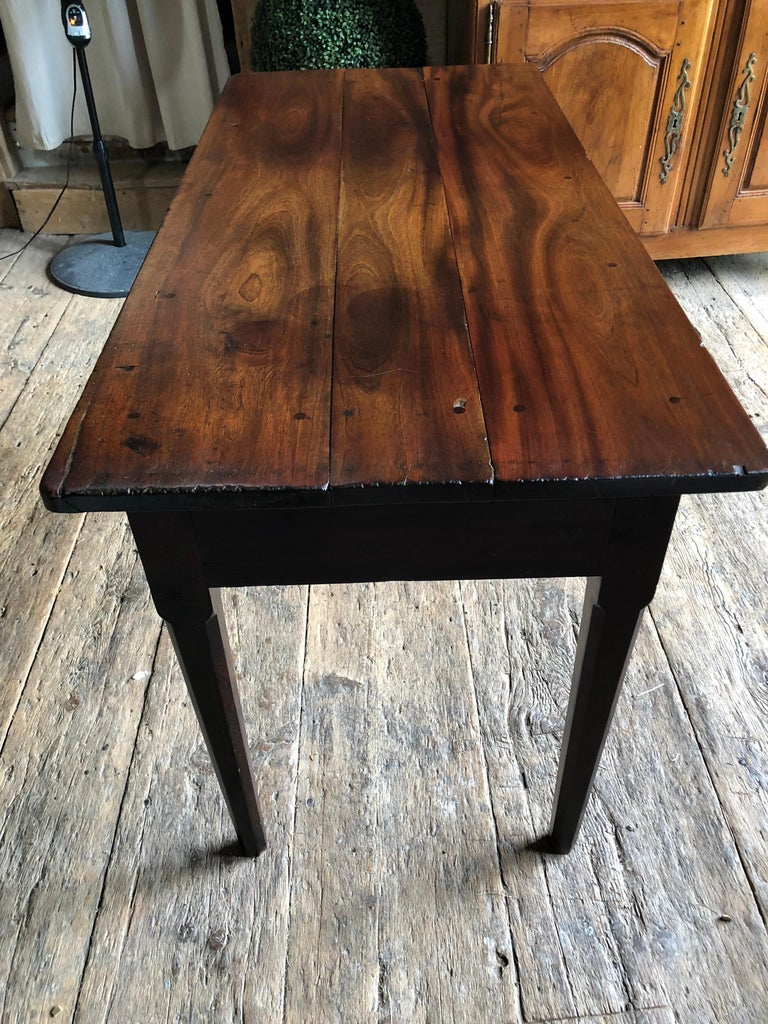English Colonial Serving Table in Cuban Mahogany, 19th Century For Sale 6