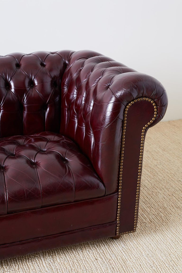 english cordovan tufted leather chesterfield sofa for sale at 1stdibs. Black Bedroom Furniture Sets. Home Design Ideas