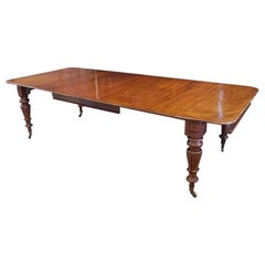 English Country House William IV Mahogany Extending Dining Table, circa 1825