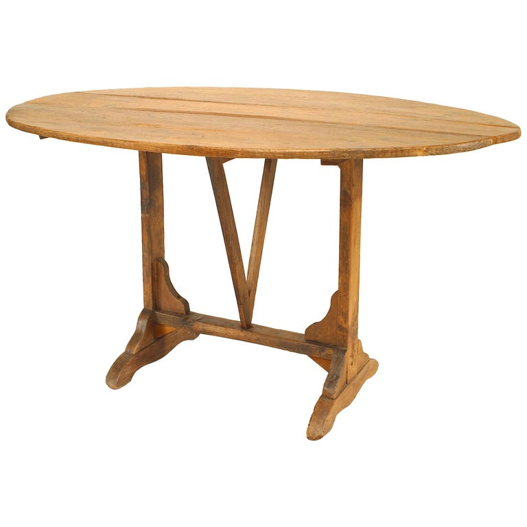 English Country Style '19th Century' Tilt-Top End Table For Sale