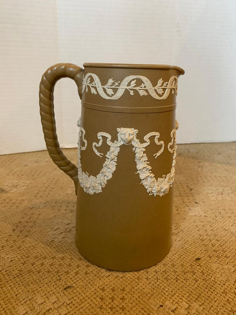 English Dudson Paxton Brown & White Jasperware Sprigged Jug / Pitcher with Mark In Good Condition For Sale In Atlanta, GA