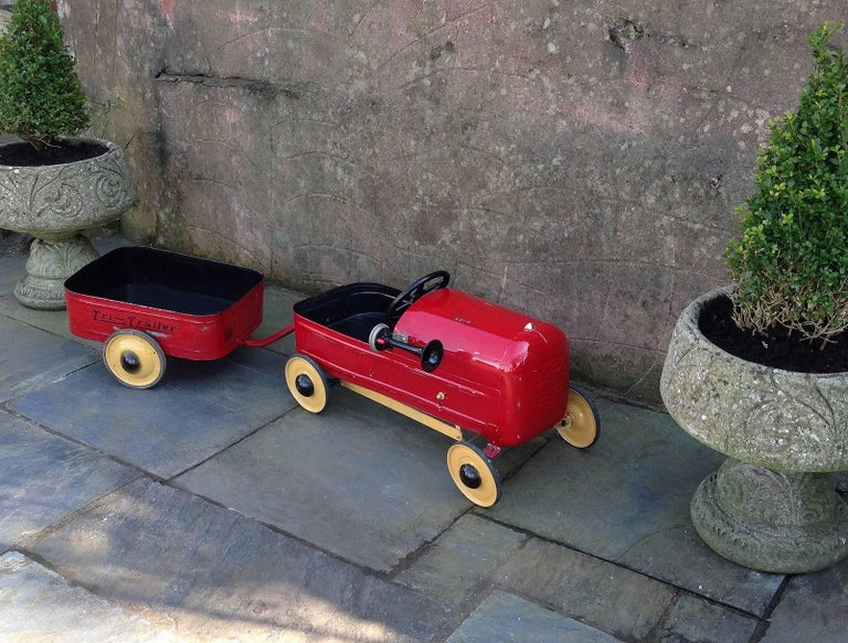 Mid-Century Modern English 'Duke' Childs Pedal Car by Triang & Tri Trailer for Prop Display or Use For Sale
