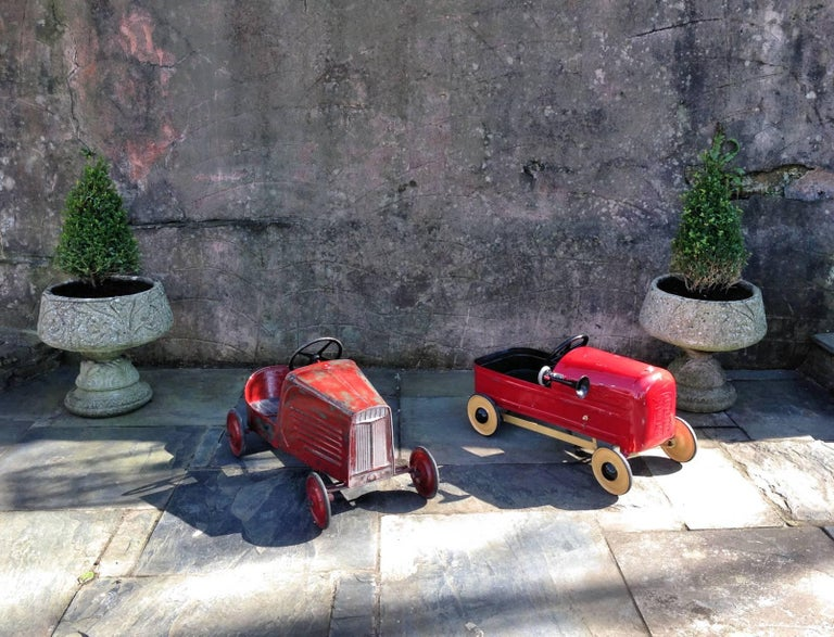 Cut Steel English 'Duke' Childs Pedal Car by Triang & Tri Trailer for Prop Display or Use For Sale