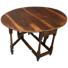 English Early 18th Century Oak Gateleg Table with Superb Original Patina