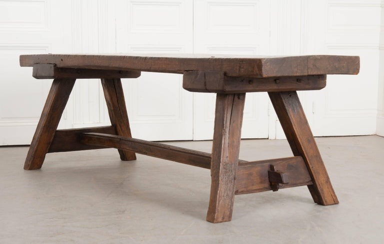 English Early 18th Century Thick Oak Bench For Sale 3