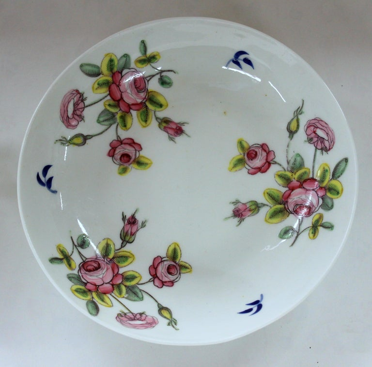 George III English Early 19th Century New Hall Porcelain Floral Decor Cup and Saucer For Sale