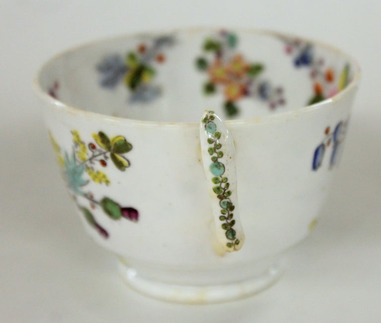 English Early 19th Century New Hall Porcelain Floral Decor Cup and Saucer In Good Condition For Sale In Charleston, SC