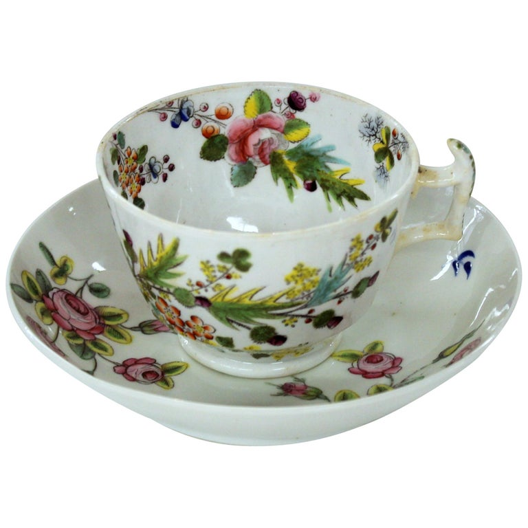 English Early 19th Century New Hall Porcelain Floral Decor Cup and Saucer For Sale