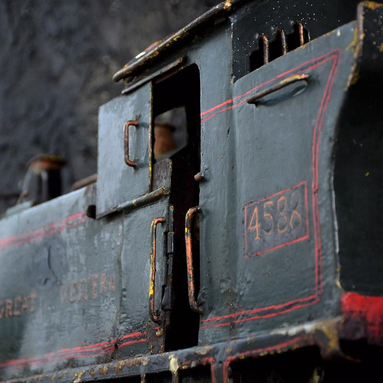 English Early 20th Century Amazing Scratch Built Locomotive For Sale 4