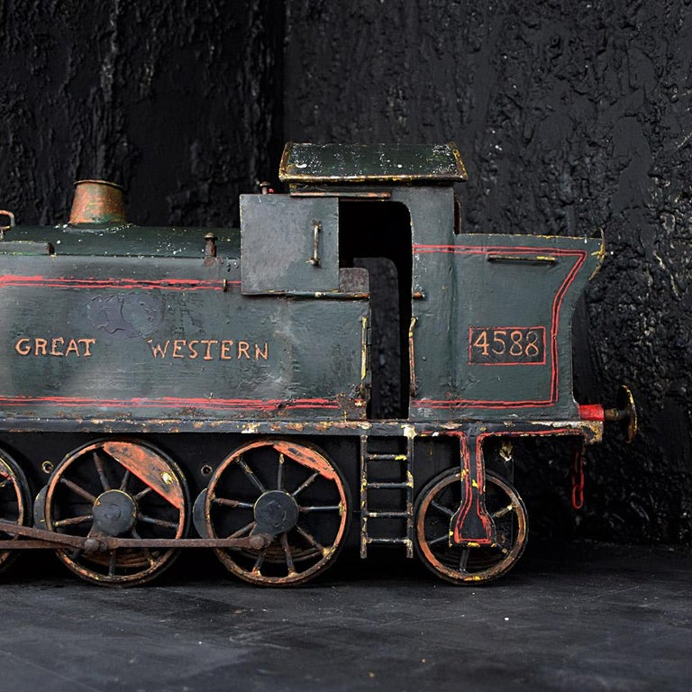 English Early 20th Century Amazing Scratch Built Locomotive For Sale 5