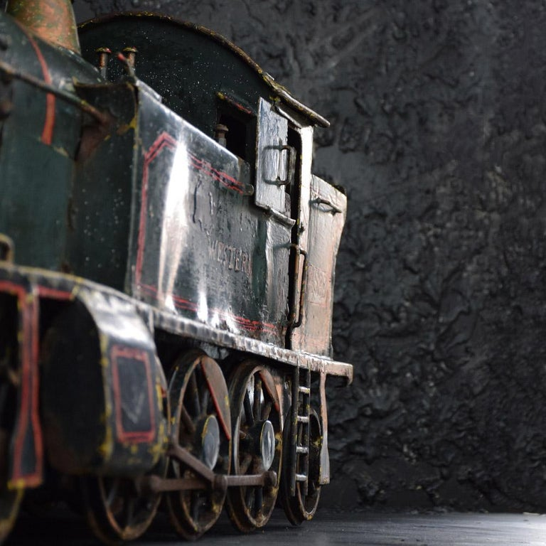 Hand-Crafted English Early 20th Century Amazing Scratch Built Locomotive For Sale