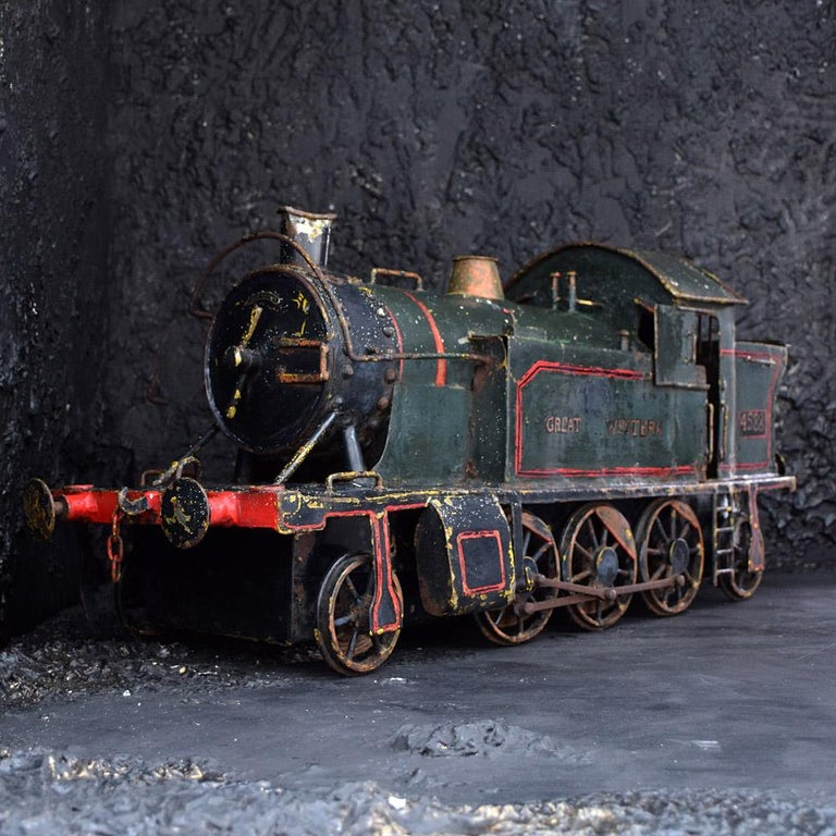 English Early 20th Century Amazing Scratch Built Locomotive In Fair Condition For Sale In London, GB