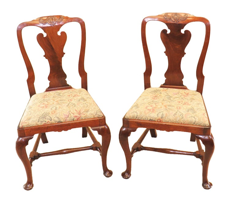 English Early Georgian Mahogany Set Of 4 Side Chairs For Sale 1