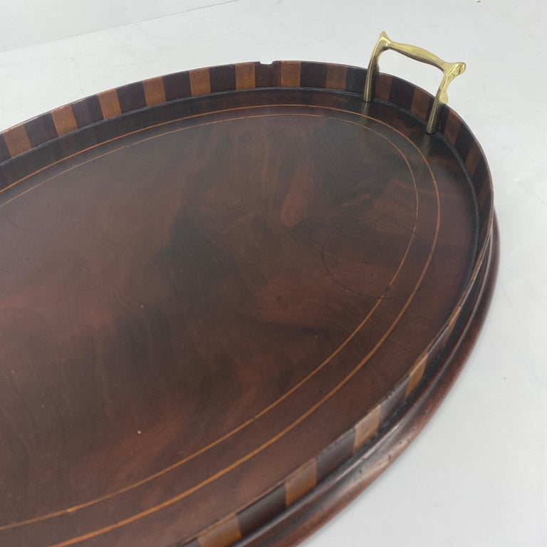 English Edwardian Mahogany and Fruitwood Inlaid Bar Tray with Brass Handles For Sale 13