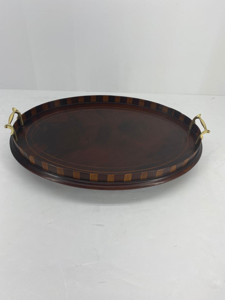 English Edwardian Mahogany and Fruitwood Inlaid Bar Tray with Brass Handles In Good Condition For Sale In Haddonfield, NJ