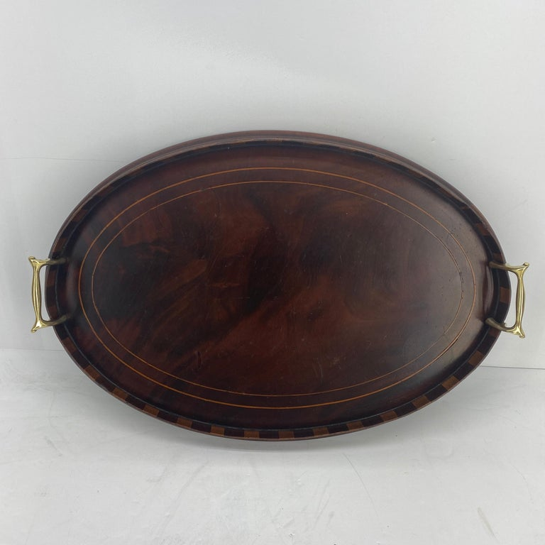Early 20th Century English Edwardian Mahogany and Fruitwood Inlaid Bar Tray with Brass Handles For Sale