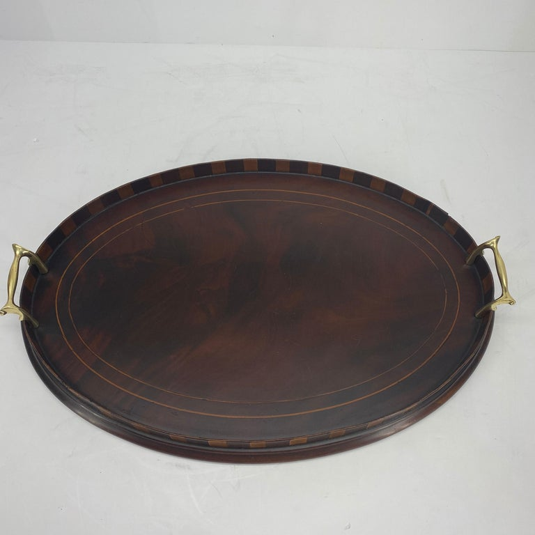 English Edwardian Mahogany and Fruitwood Inlaid Bar Tray with Brass Handles For Sale 1