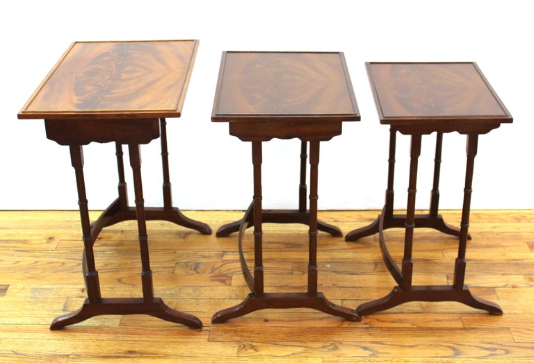 20th Century English Edwardian Style Nesting Tables For Sale