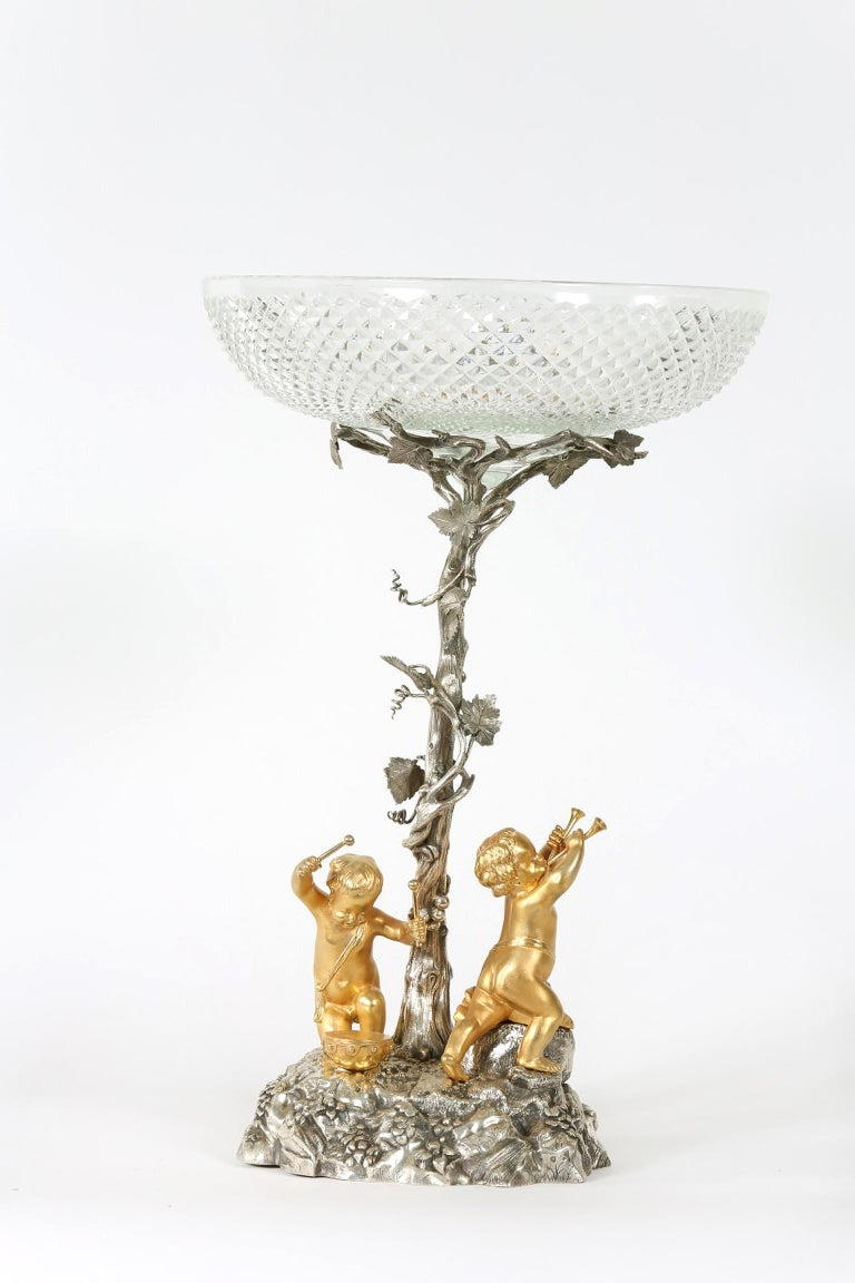 English Elkington Silver Plated / Cut Crystal Epergne For Sale 5