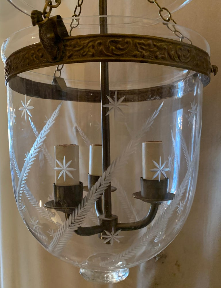 English Etched Star Wheat Glass Bell Jar Lantern Pendent Brass 3 Light Fixture In Good Condition For Sale In Roslyn, NY