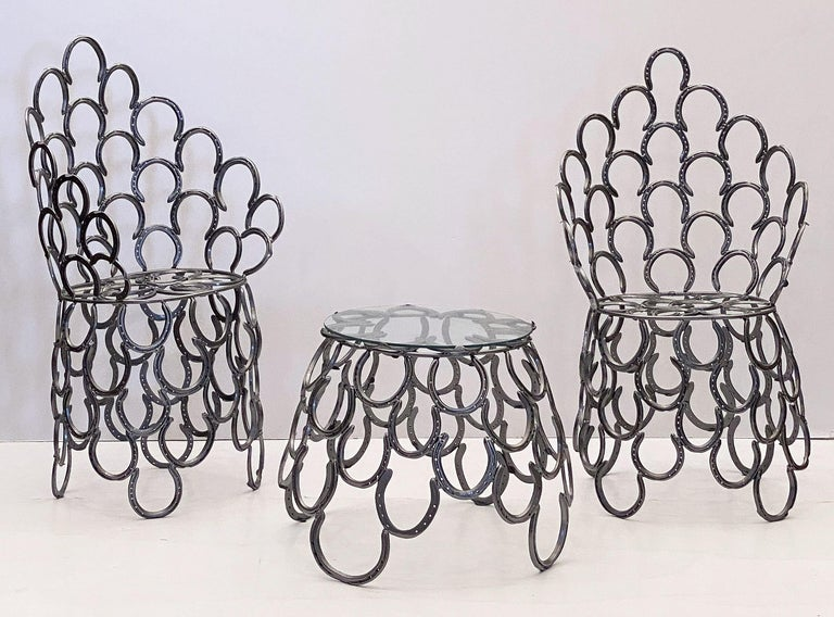 English Garden Set of Table and Two Chairs with a Horseshoe Design For Sale 6