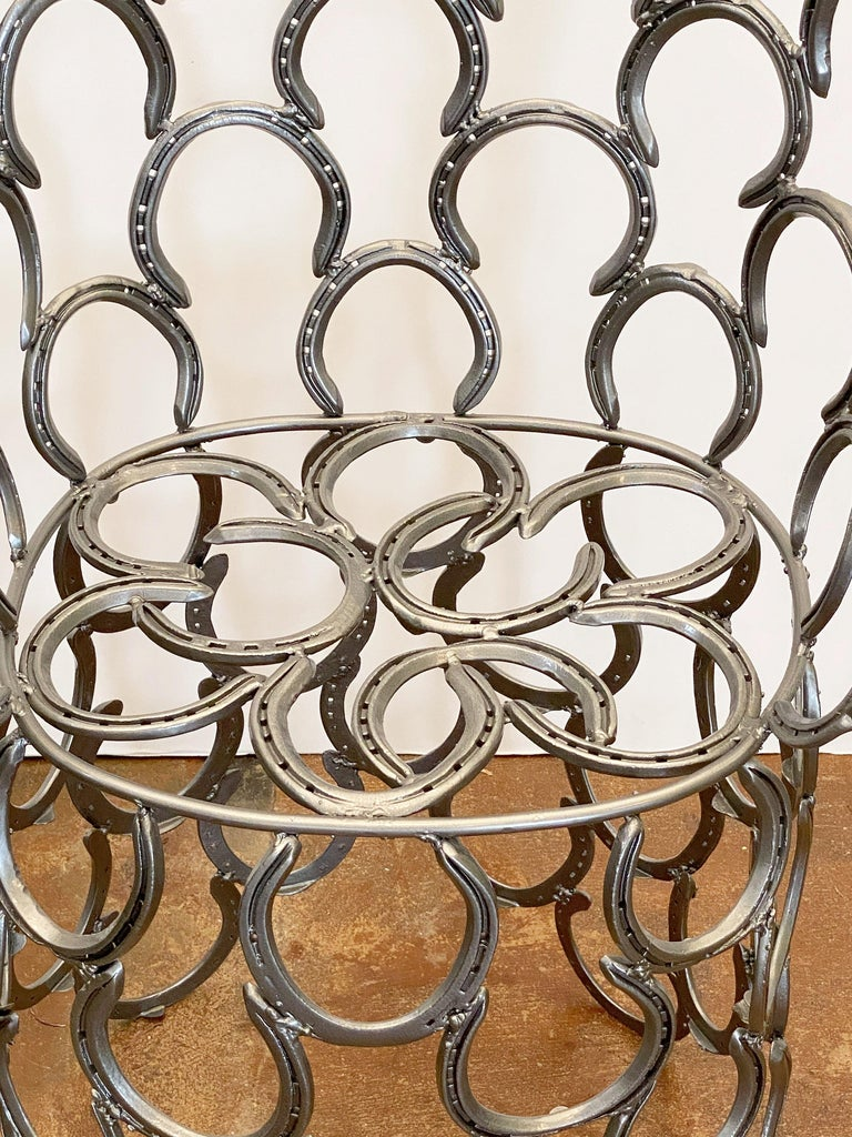 English Garden Set of Table and Two Chairs with a Horseshoe Design For Sale 9