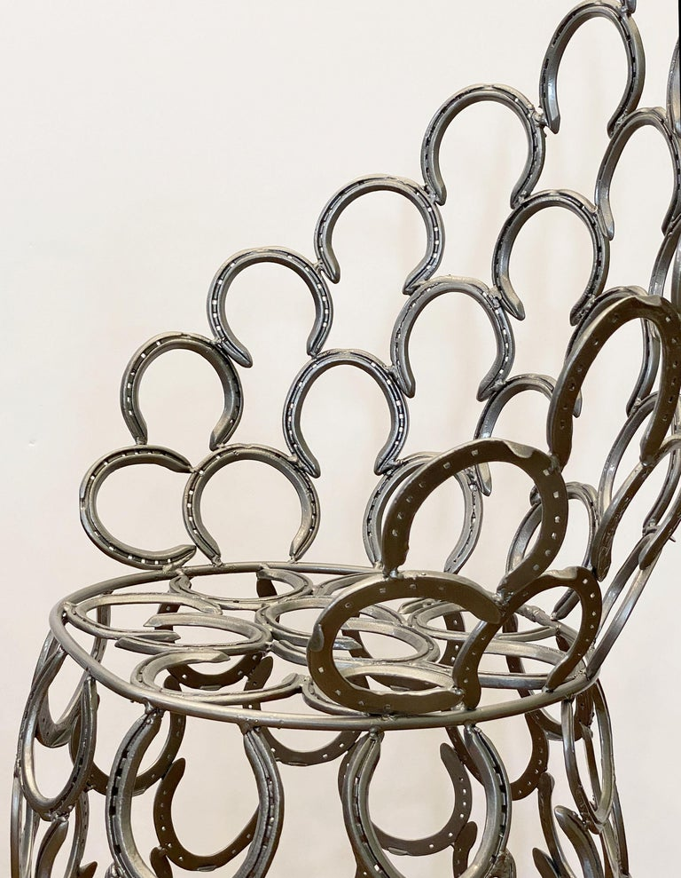 English Garden Set of Table and Two Chairs with a Horseshoe Design For Sale 10