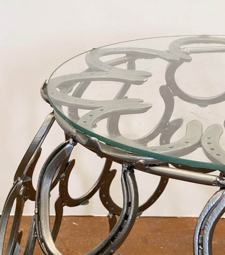 English Garden Set of Table and Two Chairs with a Horseshoe Design For Sale 1